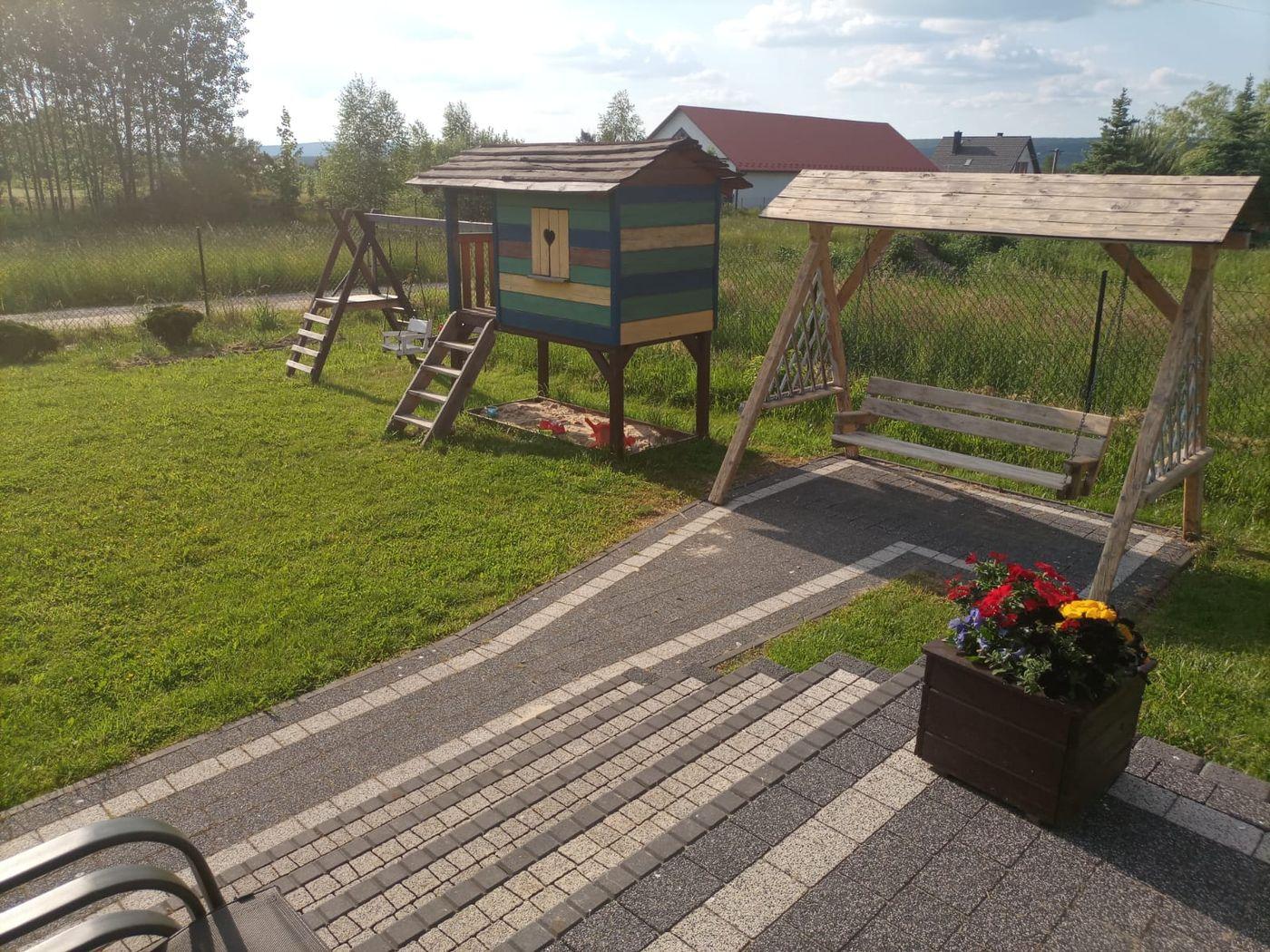 jagodowy-domek-lato_4